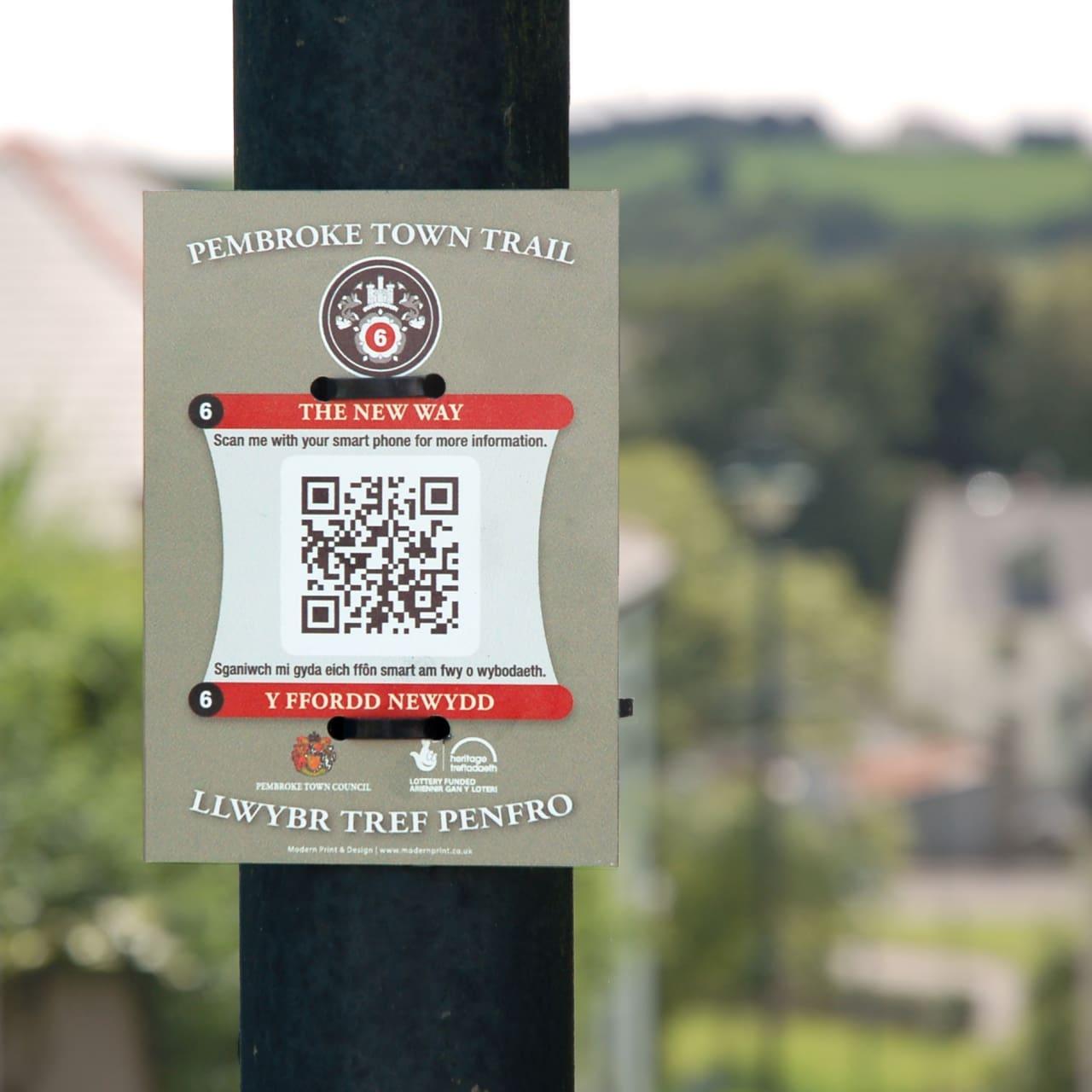 Pembroke Town Trail PlaquesBanner & Sign Design Case Study